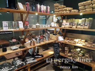 Foto 7 - Interior di Anomali Coffee oleh Deasy Lim