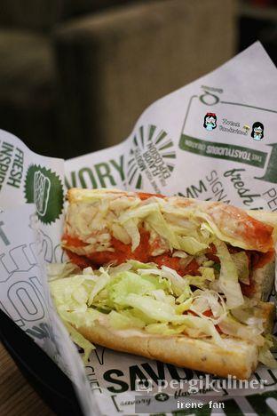 Foto 7 - Makanan(Classic Italian) di Quiznos oleh Irene Stefannie @_irenefanderland