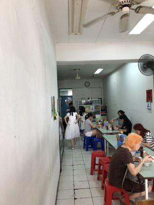 Foto 8 - Interior di Bakmi Asoi oleh @Sibungbung
