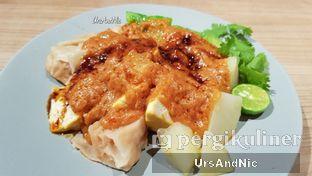 Foto 3 - Makanan(Siomay Campur) di Gopek Restaurant oleh UrsAndNic