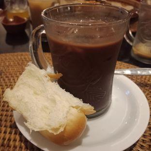 Foto 5 - Makanan(Es celup coklat) di Arumanis - Bumi Surabaya City Resort oleh Fensi Safan