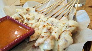 Foto 1 - Makanan(Sate taichan mozarella) di Warung Overtaste oleh Komentator Isenk
