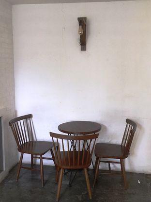 Foto 5 - Interior di SRSLY Coffee oleh Prido ZH
