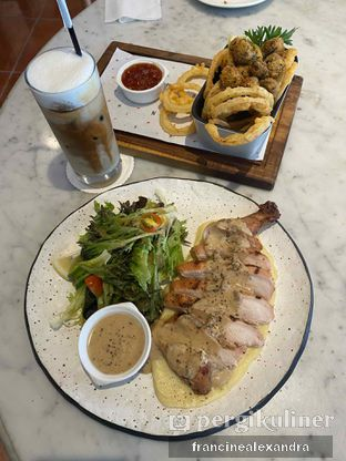 Foto review Nomz Eatery - M House oleh Francine Alexandra 5