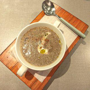 Foto 1 - Makanan(Truffle shimen) di Beatrice Quarters oleh duocicip