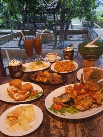Foto Makanan di Istana Nelayan