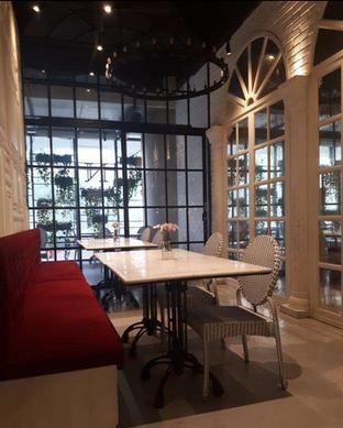 Foto 2 - Interior di Nosh Kitchen oleh @semangkukbakso