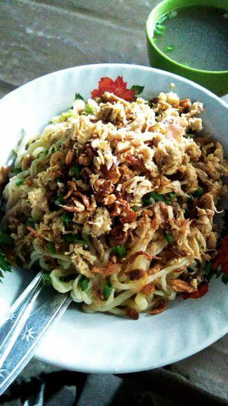 Foto Makanan di Pangsit Mie Ayam Jakarta Pak Indra