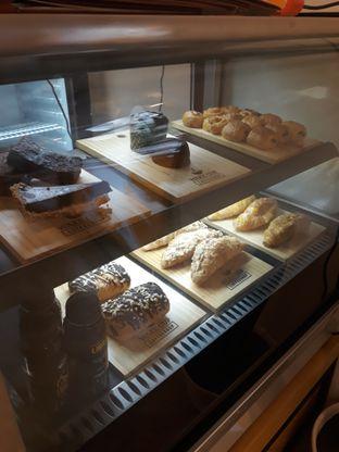 Foto 10 - Interior di Wake Cup Coffee oleh Mouthgasm.jkt