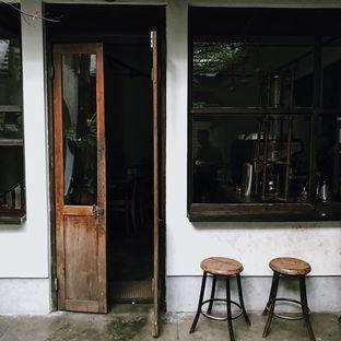 Foto 5 - Eksterior di But First Coffee oleh Della Ayu