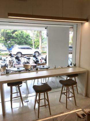 Foto 12 - Interior di Aiko Coffee oleh Prido ZH