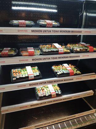 Foto 8 - Interior di Sushi Kiosk oleh inggie @makandll