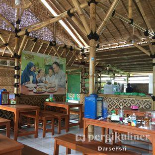 Foto 6 - Interior di Resto Ayam Pakuan oleh Darsehsri Handayani