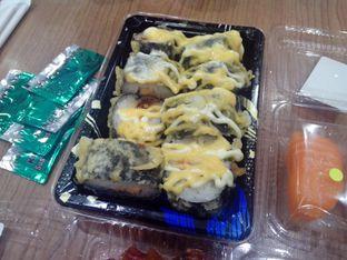 Foto review Sushi & Sashimi oleh Athifa Rahmah 2