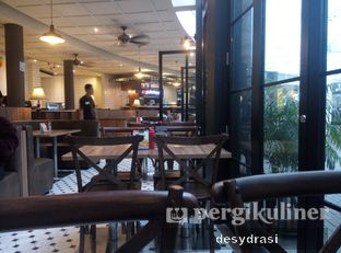 Foto 3 - Interior di Platinum oleh Makan Mulu