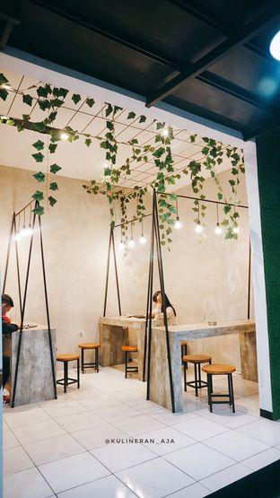 Foto 5 - Interior di Kopi Laka Laka oleh @kulineran_aja