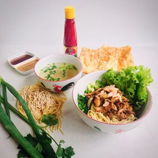 Foto - Makanan(Bakmi bangka ayam jamur) di Mie Baso Pangsit & Bakmi Bangka Special 29 oleh Fleyaadelheide