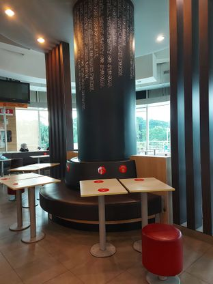 Foto 5 - Interior di McDonald's oleh Mouthgasm.jkt