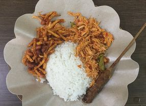 Berburu 6 Tempat Makan Nasi Bali di Jakarta dan Tangerang Paling Maknyus