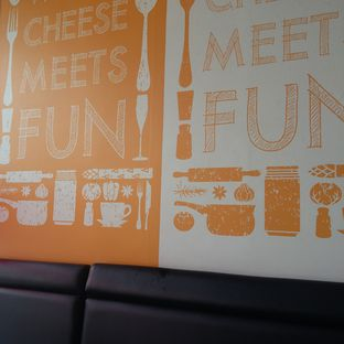 Foto 6 - Interior di Richeese Factory oleh Andin | @meandfood_