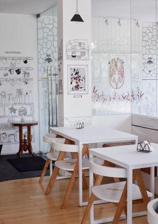 Foto review Kiila Kiila Cafe oleh Prido ZH 12