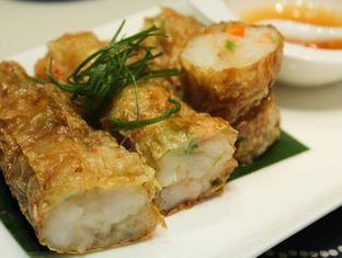 Foto 7 - Makanan(Shrimp Roll) di Li Feng - Mandarin Oriental Hotel oleh Christine Lie #FoodCraverID