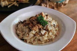 Foto review Petrichor Cafe & Bistro oleh tasya laper 1