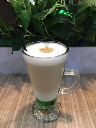Foto 2 - Makanan(peppermint latte) di Coffee Zen oleh Jeljel