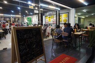 Foto 12 - Interior di Panties Pizza oleh yudistira ishak abrar