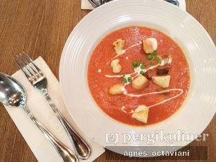 Foto 1 - Makanan(Beef & Macaroni Tomato Soup) di Meat Me Steak House & Butchery oleh Agnes Octaviani