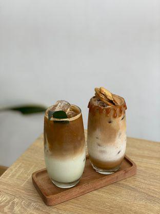 Foto 2 - Makanan di Those Between Tea & Coffee oleh Jeljel