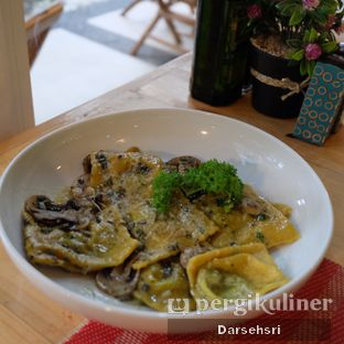 Foto 2 - Makanan di Giuliani Ristorante e Pizza oleh Darsehsri Handayani