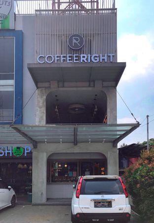 Foto 9 - Eksterior di Coffeeright oleh yudistira ishak abrar
