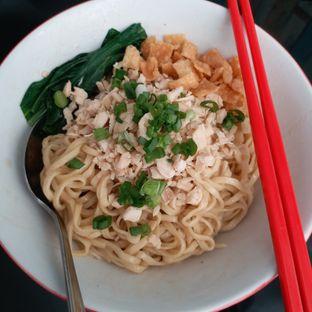 Foto 2 - Makanan(Yamien asin) di Bakmie Tjap Ayam oleh Kuliner Limited Edition