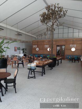 Foto 5 - Interior di Divani's Boulangerie & Cafe oleh Selfi Tan