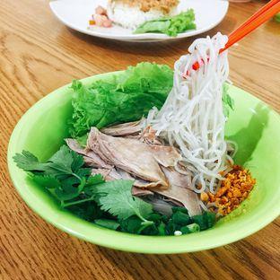 Foto 1 - Makanan di Bihun Bebek & Ayam TPI oleh Astrid Huang | @biteandbrew