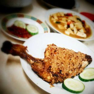 Foto 1 - Makanan di Waroeng Nasi Goreng & Lalapan Babeh oleh Calvin Herryson