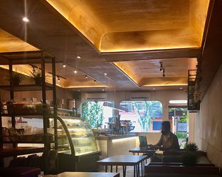 Foto 3 - Interior di Jack Runner Roastery oleh Fadhlur Rohman