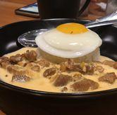 Foto Salted Egg Pork Rice di Warbiku