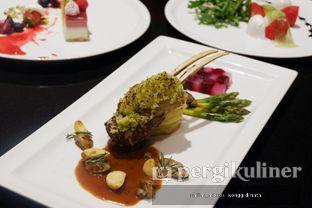 Foto 4 - Makanan di Collage - Hotel Pullman Central Park oleh Oppa Kuliner (@oppakuliner)