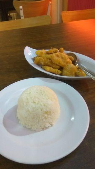 Foto 2 - Makanan(Dori Telur Asin (IDR 53k) ) di Puput oleh Renodaneswara @caesarinodswr
