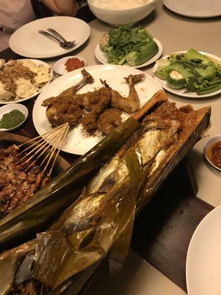 Foto 4 - Makanan di Talaga Sampireun oleh Kami  Suka Makan