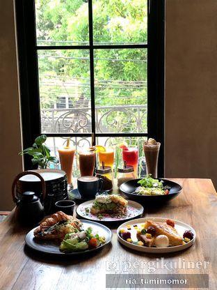 Foto review Burns Cafe oleh Ria Tumimomor IG: @riamrt 5