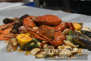 Foto 4 - Makanan di Kantin Seafood Nyengir oleh @foodiaryme | Khey & Farhan