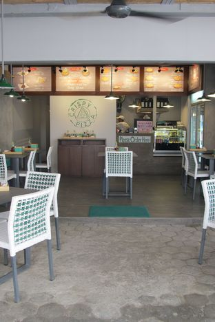 Foto review Crispy Pizza oleh Kuliner Addict Bandung 7