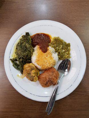 Foto 2 - Makanan di Restoran Sederhana SA oleh Amrinayu