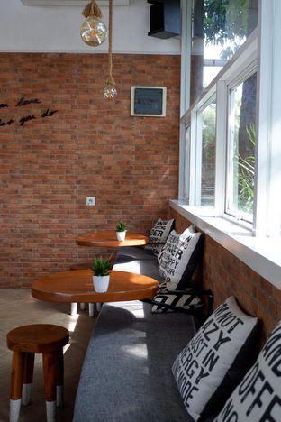 Foto 2 - Interior di Terra Coffee and Patisserie oleh yudistira ishak abrar