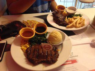 Foto 5 - Makanan di Holycow! STEAKHOUSE by Chef Afit oleh Almira  Fatimah