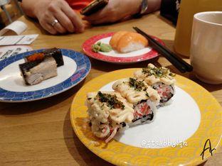 Foto 1 - Makanan di Tom Sushi oleh abigail lin