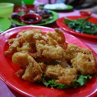 Foto 5 - Makanan(Udang Goreng Tepung) di Seafood Kalimati 94 Mulyono oleh Christian @EatWithKoko